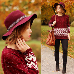 Wioletta Mary Kate - Chicnova Sweater, H&M Hat - Sweater Weather ♥