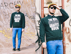 Anderson Gimenez - Kenzo Cap New Era, Youbet Original Sweater, Triton Pants, Forum Shoes, Ray Ban Sunglasses - Life is too short to wear boring clothes