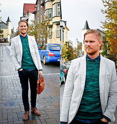 Aron Bjarnason - H&M Grey Blazer, H&M My Vintage Leatherbag, H&M Green Sweater, Jack&Jones Black Pants - Autumn in Reykjavik