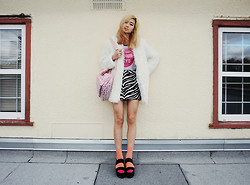Alyssa Lau - Nasty Gal Bonjour Tokyo Tee, Chic Wish Jacket, ¥€$ Werque Platforms - Maybe you think too much