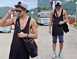 Norman Pascual San Diego - Oversized Sando, Striped Short - BLACK ON TOP