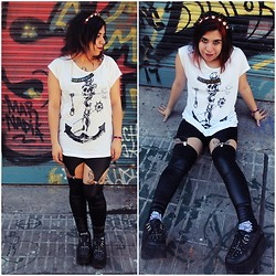 Cynthia † - Watermelon Suspenders, Complot T Shirt - Ten Black Roses