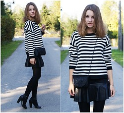 Klaudia Mikos - Persun Skirt, H&M Sandals, Zara Sweater - Black&White Stripes