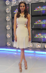 Divine Lee - Charina Sarte Dress - D in @charinasarte for @showbiz_police