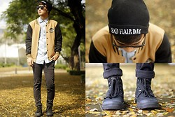 Stephen Garcia - Wanderstruckph Beanie, Palladium Boots, Giordano Denim Button Down, Cotton On Wayfarer - Minnesota Twins