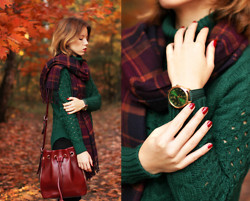 Wioletta Mary Kate - Chicnova Scarf, Woakao Bag, Voguec Sweater - Autumn Time