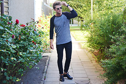 Robin Nilsson - Use Sweater, Cheap Monday Jeans, Zara Shoes - ROSES