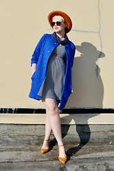 Catie Beatty - Choies Coat, Madewell Flats - Electric blue