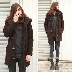 Tony Stone - Vintage Black Boots, H&M Grey Jumper, Zara Old Duffle Coat - Pale