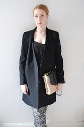 Eleanor J - Zara Bag, Zara Coat, Zara Trousers - Misery Over Dispute.