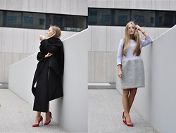 Dominica Justyna - Aldo Heels, Tassious Black Coat, Risk Made In Warsaw Hug Me Dress - Hey you! hug me! | movesfashion.
