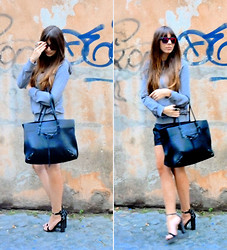 D De - Balenciaga Papier, Zara Sandals, Spektre Sunglasses - Starting point