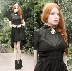 Olivia Emily - Os Accessories Purity Choker, Evil Twin Bralet, Widow Sheer Dip Hem Dress, Missguided Lace Up Heels - Wednesday II.