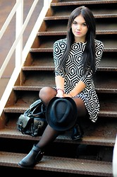 Amazing Fashioon - Hat, Dresses, Bagpack - Black & white look