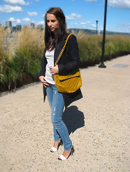 Anne M. - Marc By Jacobs Bag, H&M Jeans - LAZY SUNDAY