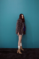 Cherry L - Fashion To Any Ostrich Feather Jacket, H&M Boots - Ostrich Feather
