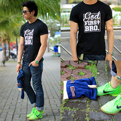 Nick Ronquillo - The Ranz Project Tee, Nike Zoom Kobe Vi (The Grinch) - God First Bro