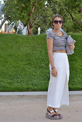 Nat @unmatchafrappe - H&M Top, Zara Pants, Parfois Bag, Zara Sandals - Black & White