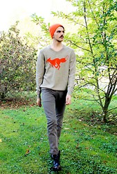 Simone Munari - No Brand Beanie, Check My Blog! Sweater, Dondup Pants, Cult Shoes - Red&Toby