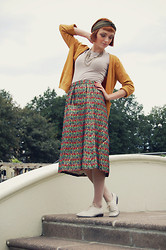 Kerry Lockwood - Metallic Turban, H&M Putty T Shirt, H&M Mustard Cardigan, Beyond Retro Vintage Metallic Woven Skirt, Topshop Multi Chain Necklace, Christian Dior Vintage Nude Stockings, Ebay White Folk Brogues - The Beautiful & The Damned...