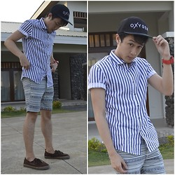 Leo Miguel Rivera - Mogao Button Down, Oxygen Snapback, Topman Shorts, Gap Shoes - ...Of Stripes and of Aztec