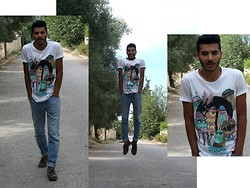 Nizar Bjh - Jack And Jones Blanco T Shirt, Levi's® Levi's Jean, Timberland Mocassin - Animals are going crazy in halloween.