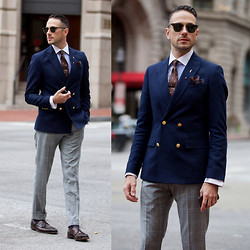 Brian Sacawa - Allen Edmonds Shoes, Ray Ban Sunglasses, Asos Blazer, Brooks Brothers Pocket Square, Bill Blass Tie, Vintage Lapel Pin, Vintage Tie Bar, Reiss Pants - Hotel Monaco