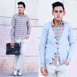 Ahmed Imoudrog -  - Casual boy!!