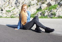 Katherine Roguska - Prima Donna Creepers, Zara Jeans, Stradivarius Shirt - Grave New World.♥