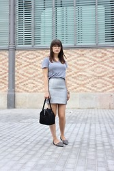 Adela S. - American Apparel Grey T Shirt - All grey everything