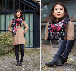 Melanie L - Mango Coat, Hudson Boots, Pimkie Scarf - In Love with Fall