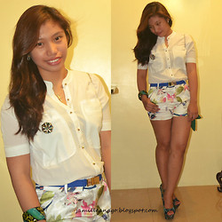 Jamille Añago - Chaldsplace Wedges, Chaldsplace One   Pieces - Be right back
