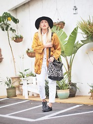 Beth Jones - Otte Hat, Cleobella Bag, Joe's Jeans White - White-Black-N-Gold Nineties Style