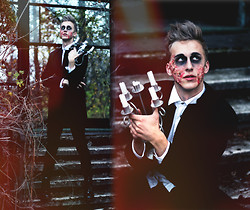 Adrian Kamiński - Secondhand Jacket, Pants, Diy Makeup - The Addams Family / Halloween 2013