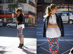 Lucita Y - Sheinside Skirt, Zara Perfect Jacket - FLOWERS ON THE STREET
