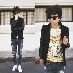 Ayoub Mani - Takeshi Kurosawa Jacket, Choies Sweatshirt, Cheap Monday Jeans, Adidas Shoes, Eyewear Zerouve - Thinking Fast And Slow