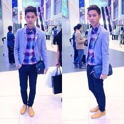 Jeront Villagomez - Markus Button Down, Markus Gray Blazer, Ralph Lauren Clutchy Baggy, Markus Skinny Jeans - Philippine Fashion Week SS14