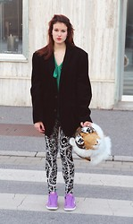 Lenie L - Black Cord Jacket, Green Blouse, Black/White Leggings, Nike Shoes, Awesome Fake Tiger - SUPERCALIFRAGILISTIC