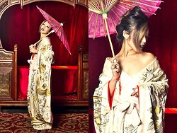 "Aika Y - Vintage Kimono, Mac Satin Cyber - ""We create another secret world, a place only of beauty"""