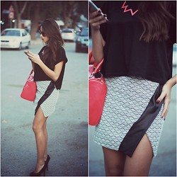 Cansın Ekşi -  - Have a Nice Skirt Day