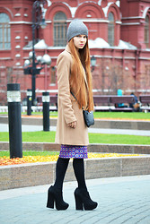 Zhanna Kurzeneva - Mango Coat, Glamorous Dress, Asos Booties, H&M Beanie, Mango Bag - Mercedes-Benz Fashion Week Russia: Day 2