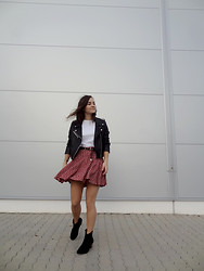 Veronika B - Sheinside Jacket, Choies Shoes, Vintage Skirt - Better late than never