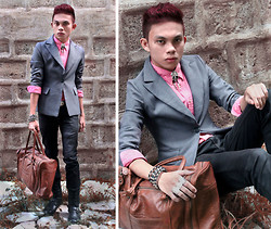Jomie Hospital - T.N.T. Gray Blazer, Penshoppe Slim Fit Denim Jeans - Beauty School Dropout