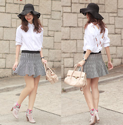 Mayo Wo - Chic Wish Floppy Hat, Yesstyle Cross Back Shirt, Romwe Houndstooth Skirt, Miu Pale Pink Craquele Bag, Valentino Dusty Pink Booties - I'm so cross!
