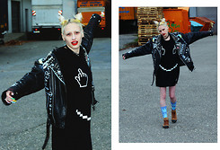 "†Norelle Rheingold† - Local Heroes Fuck & Smile Dress, Diy ""Fuck It"" Leather Jacket, Huf Plantlife Two Tone Sock (Navy Heather Mint) - Everything is fragile like a bubble in the wind!"