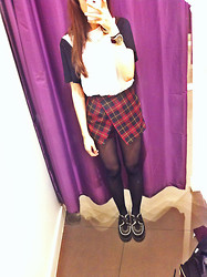 Anna Routledge - Underground Creepers, Topshop Skort - The winter is upon us :(