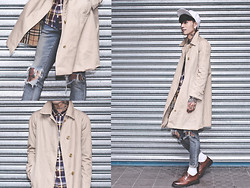 IVAN Chang - Burberry Vintage Coat, Tastemaker 達新美 Plaid Shirt, Topshop Blue Skinny, While Oxford Shoes - 051113 TODAY STYLE