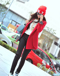 Wendy Wong - Beahappygirl Jumper, Beahappygirl Jacket - Red Day