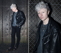 Samuel Friberg - Weekday Horus Eye Necklace, Dr. Martens Silver Boots - Habits