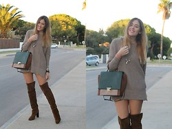 Amy Ramírez - Zara Boots, Purificación García Bag, Mango Necklace, San Torpé Bracelet - Over the knee
